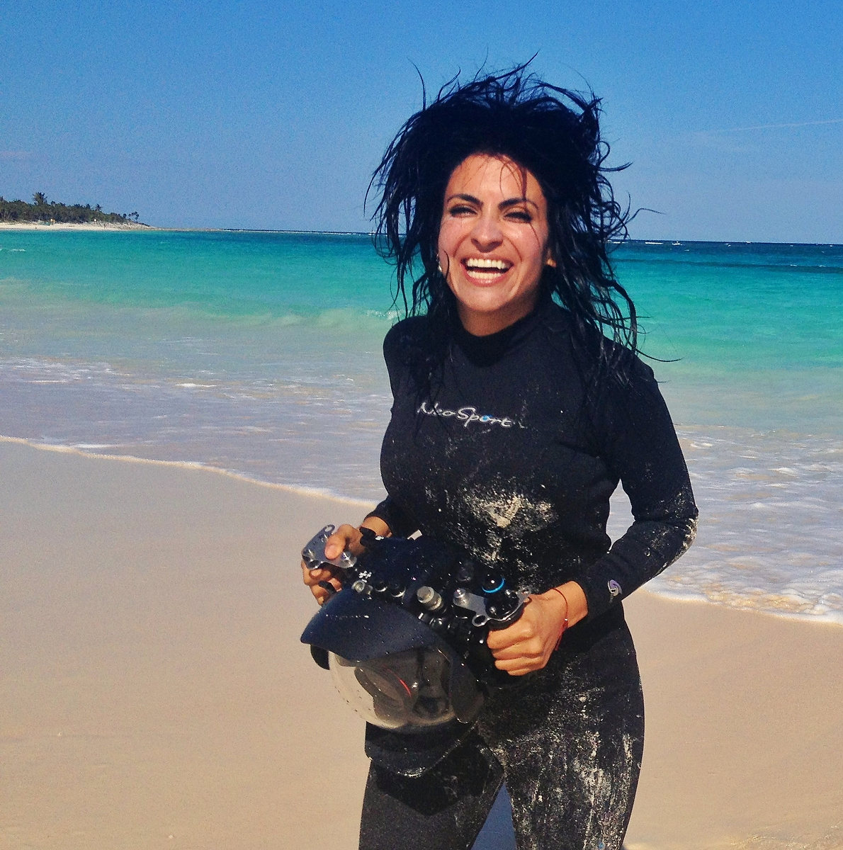 Sol Tamargo co-founder del sol photography with underwater housing caribbean ocean