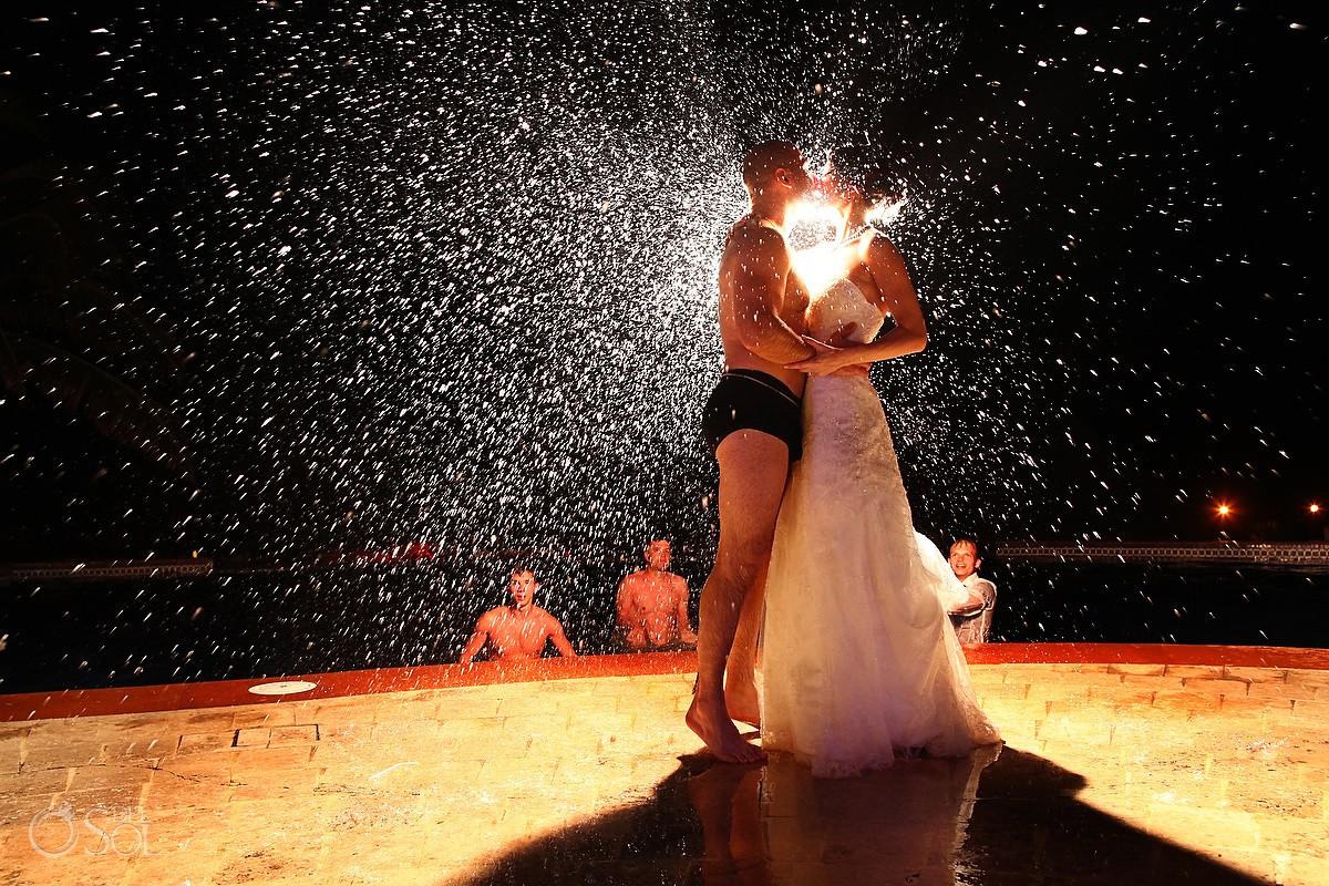 rain photo Cancun Wedding Fiesta Americana Condesa