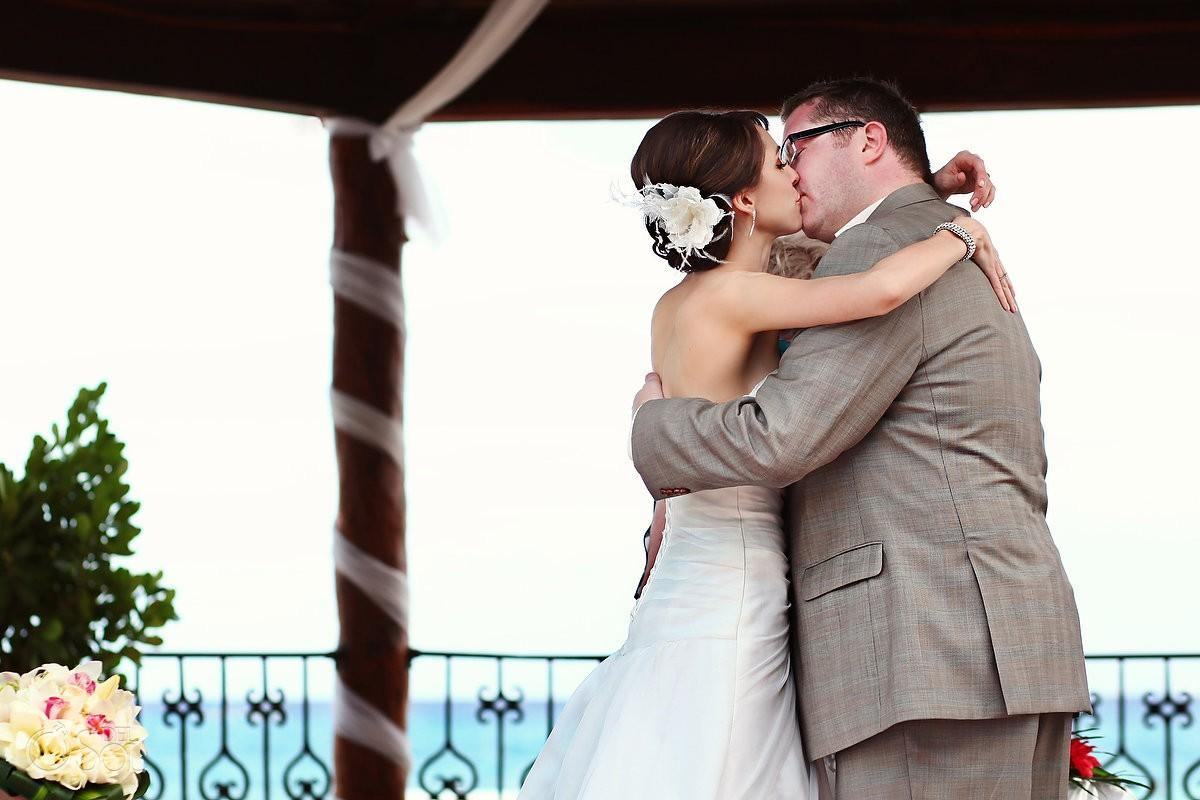 Christine Meston and Nick Deakin Wedding at The Royal Playa del Carmen, Riviera Maya, Mexico.