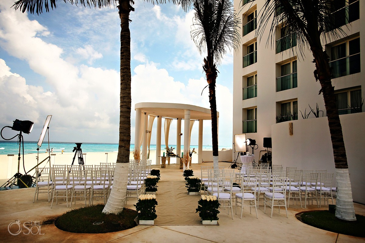 Cancun Wedding At Le Blanc Resort Trish Suhr And Dave Mccoul