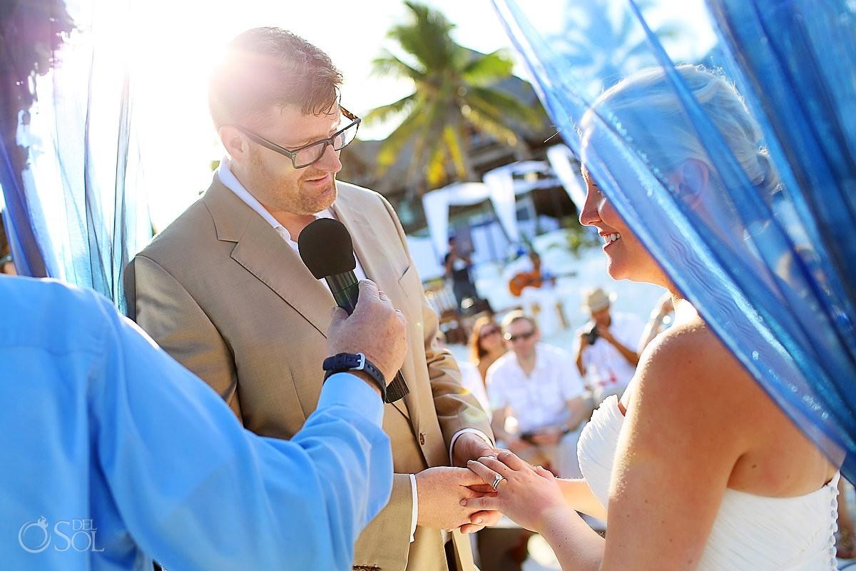 Destination wedding Tulum bride and groom