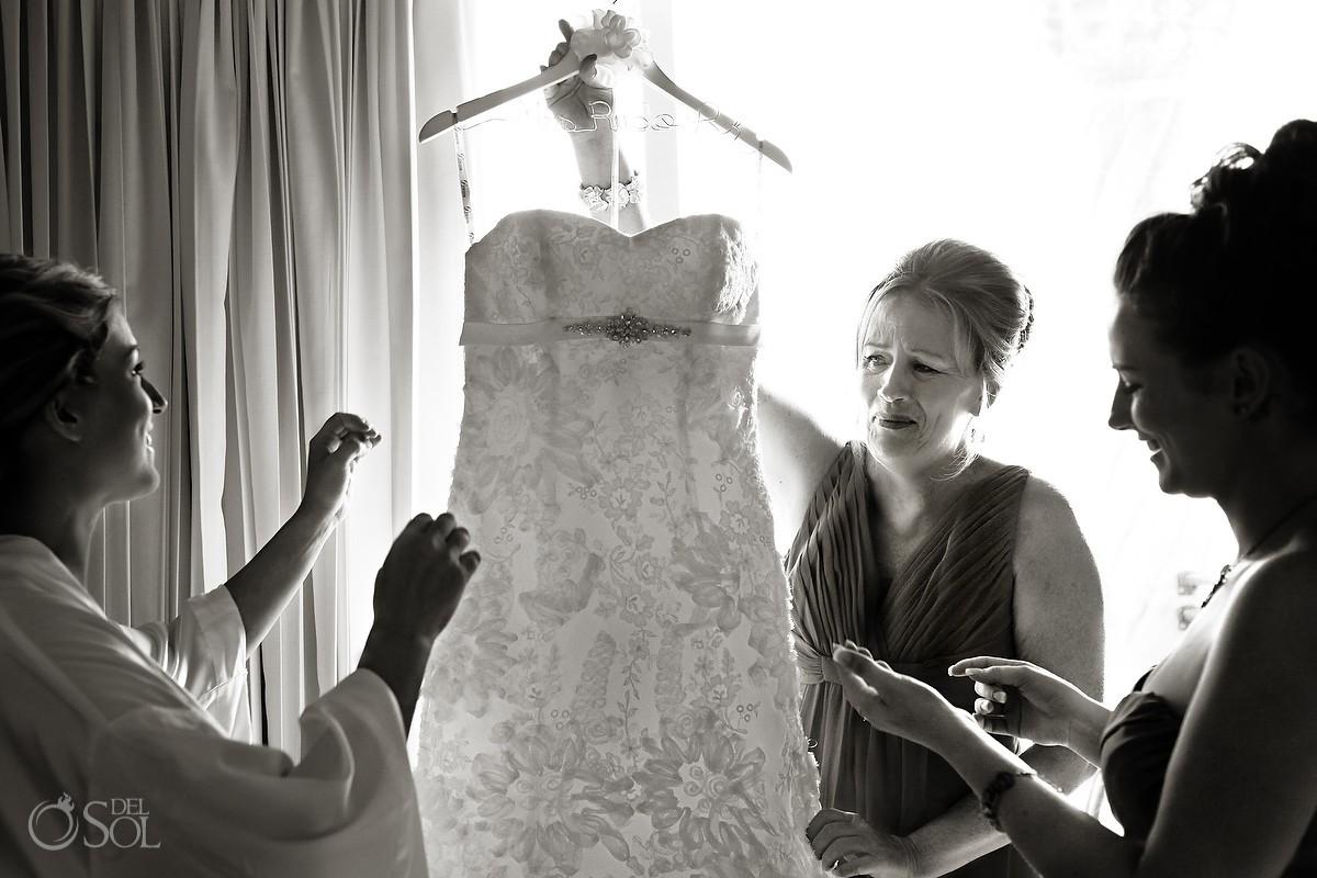 Wedding gown getting ready destination wedding Mexico