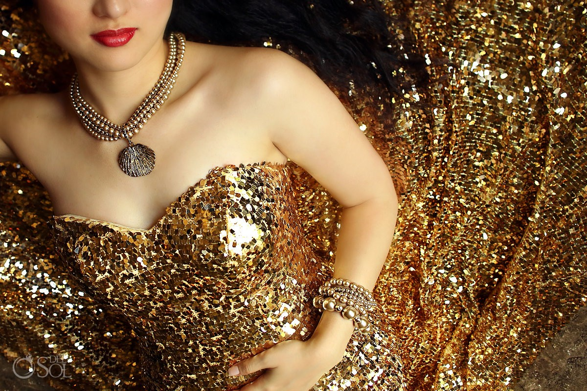 Gold sequins gown red lips Chinese bride