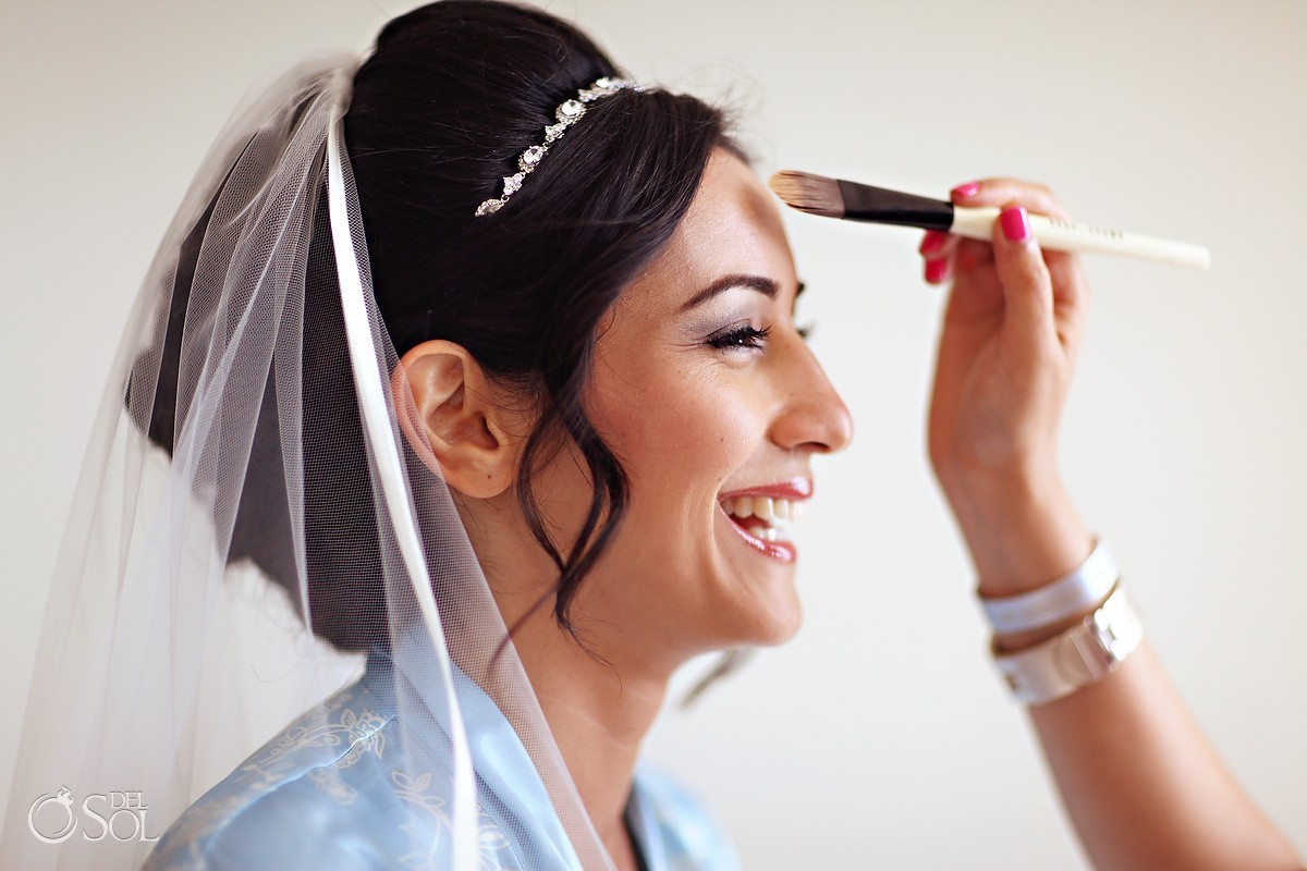 Wedding makeup for bride in Cancun
