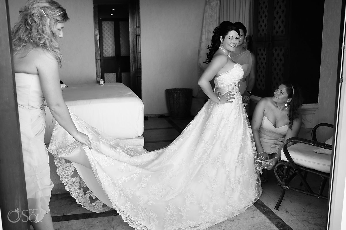 Long train gown bride in black and white