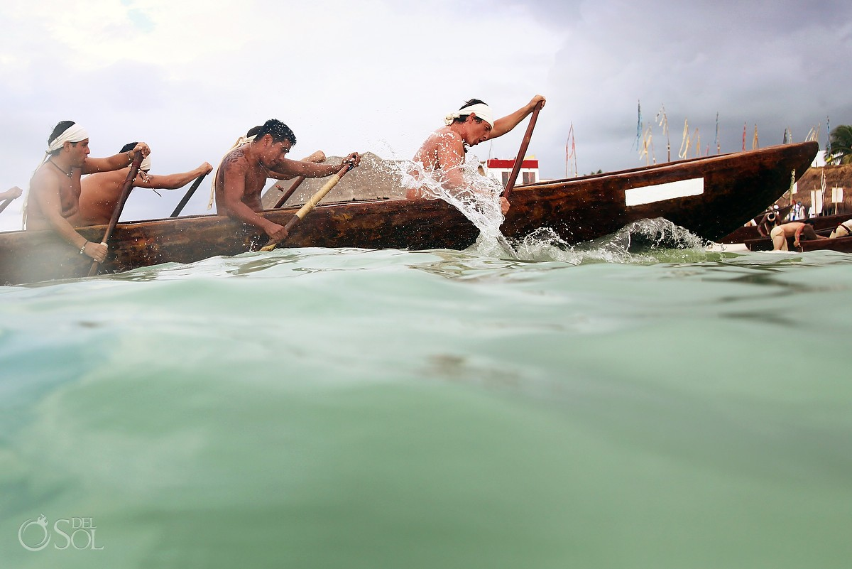 Canoeros in the Sacred Mayan Journey 2012