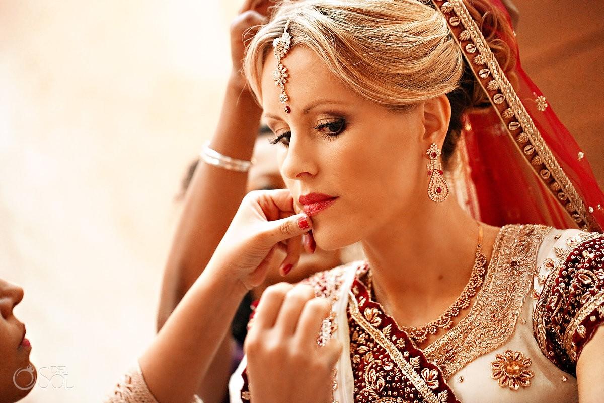 Blonde American Hindu bride