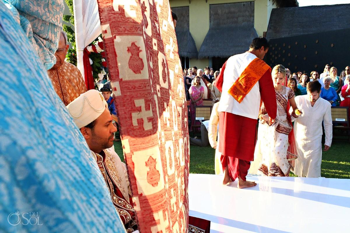Bride entering Hindu wedding in Mexico