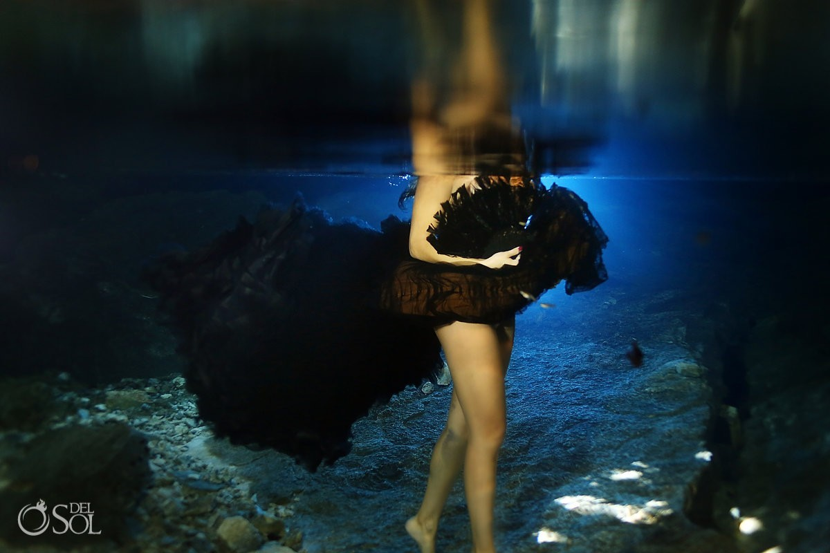 Vera Wang black wedding dress underwater trash the dress