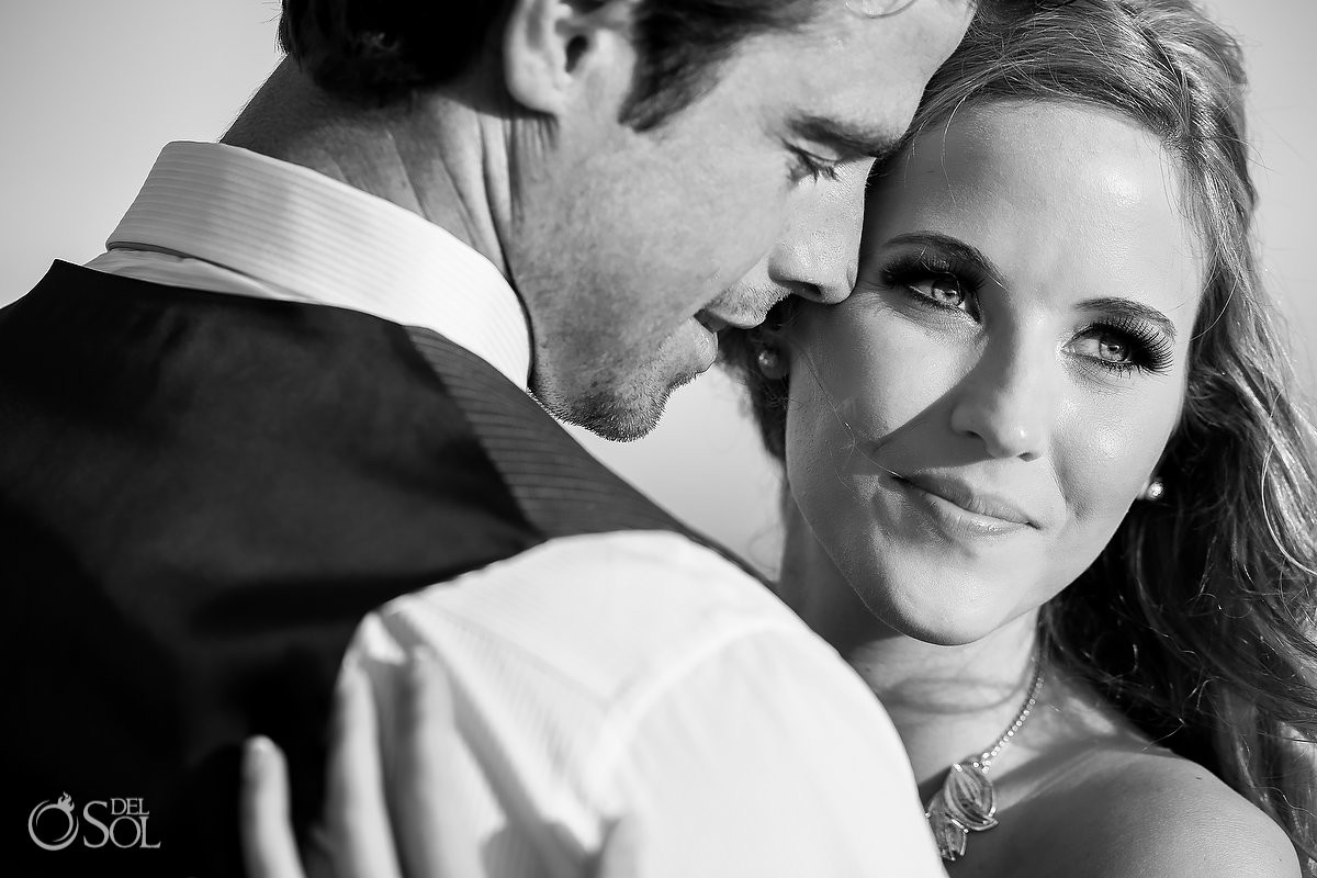 Black and white close-up portrait bride and groom