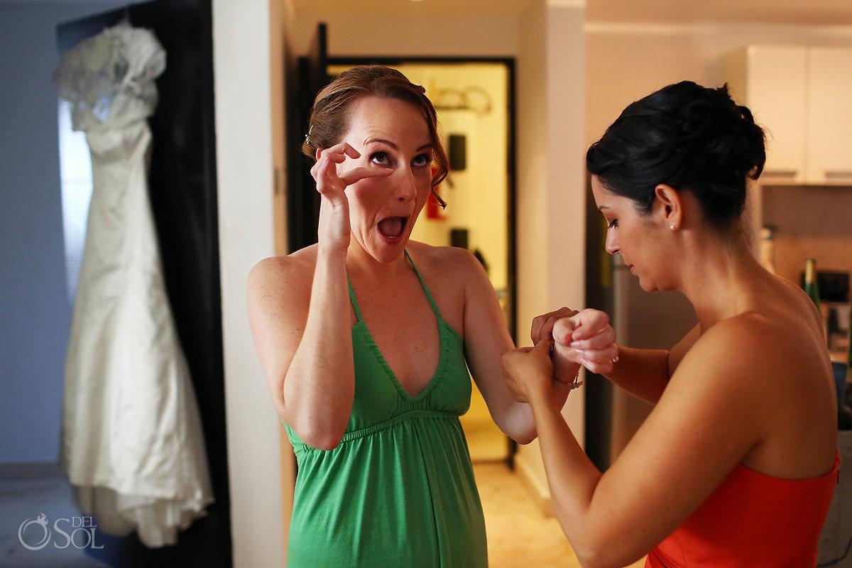 Mexico wedding getting ready