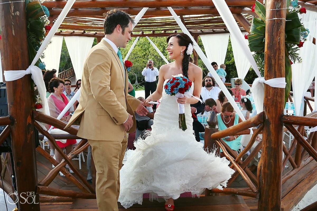 Mexico wedding bride and groom gazebo altar