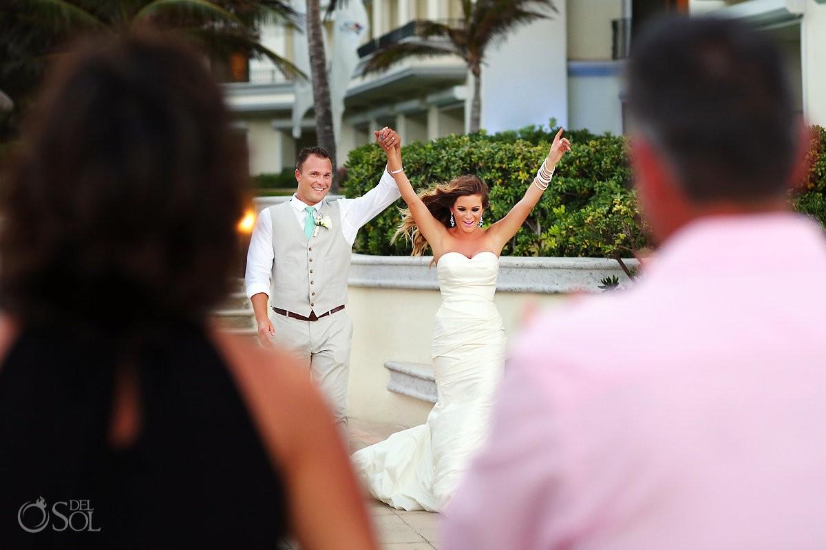 Newlyweds beach JW Marriott Cancun wedding