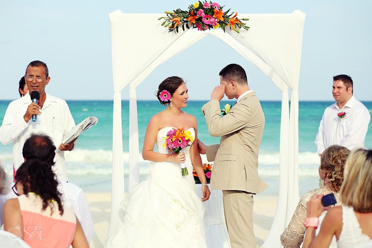 Beach wedding Iberostar Paraiso Lindo Riviera Maya