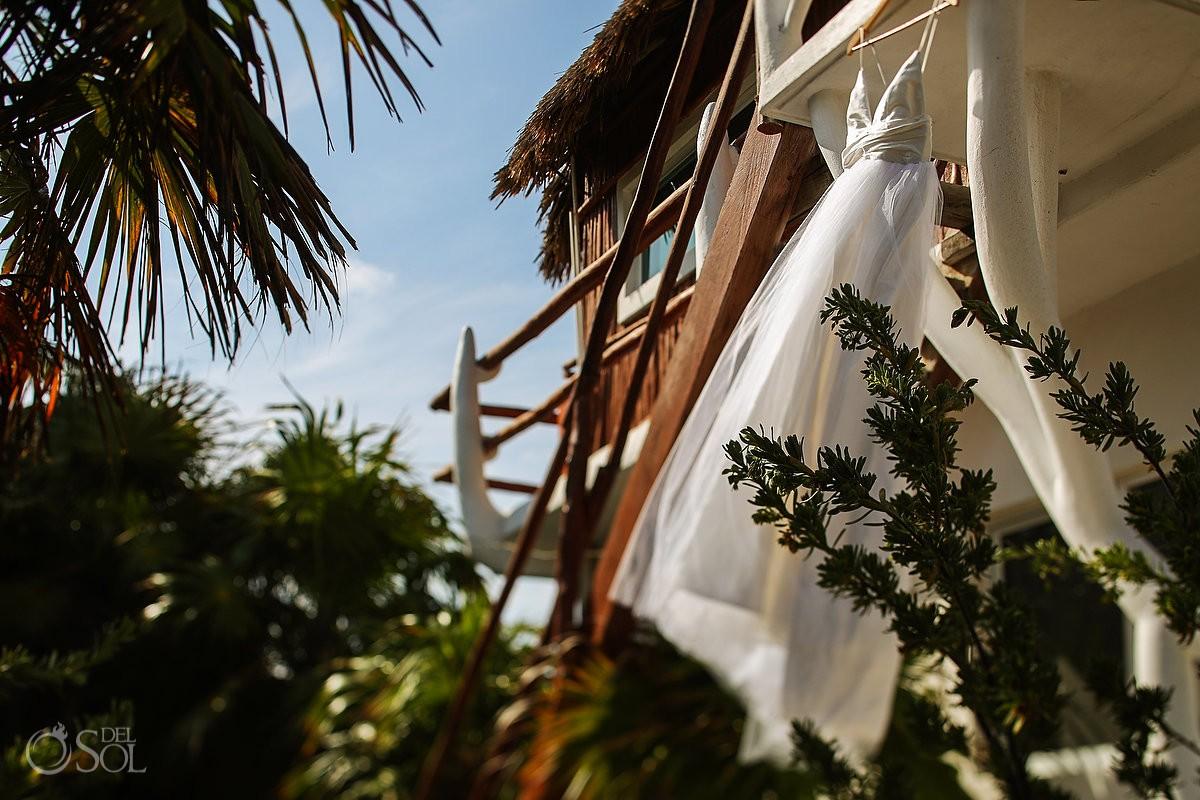 tulum #Destinationwedding dress at Akiin Beach Club