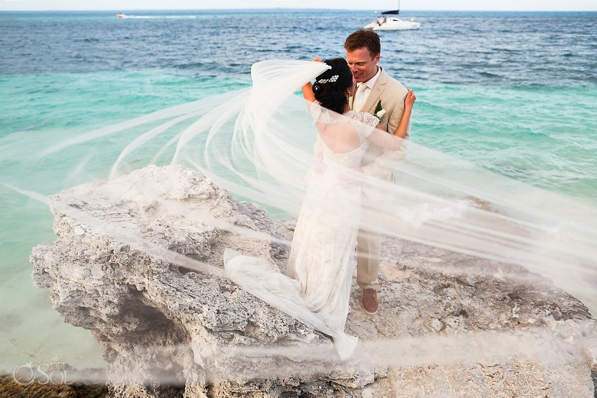 Activities and Things to do in Cancun Beach Palace Beach palace cancun wedding photos
