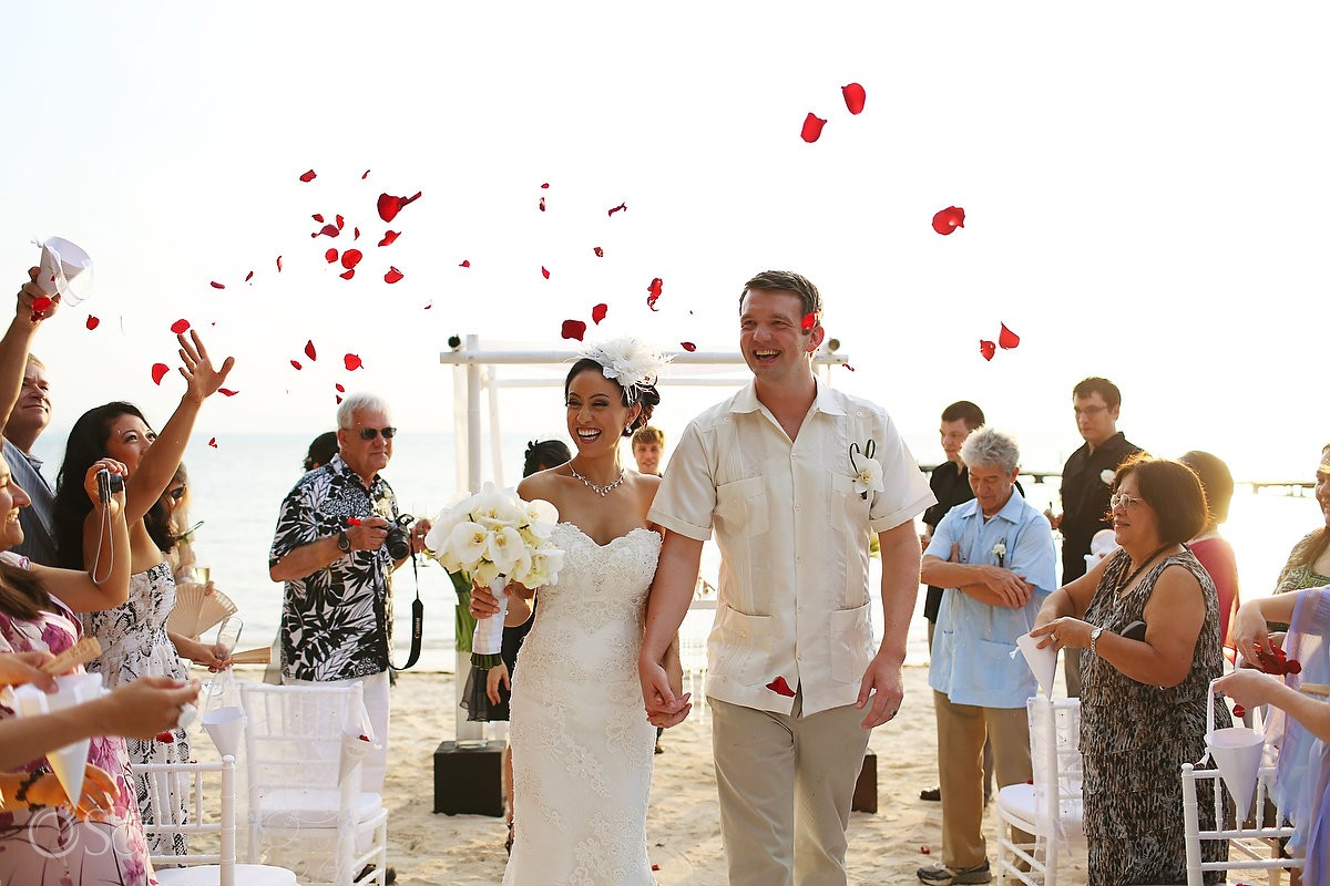 Mexico beach wedding Isla Mujeres Zama Beach