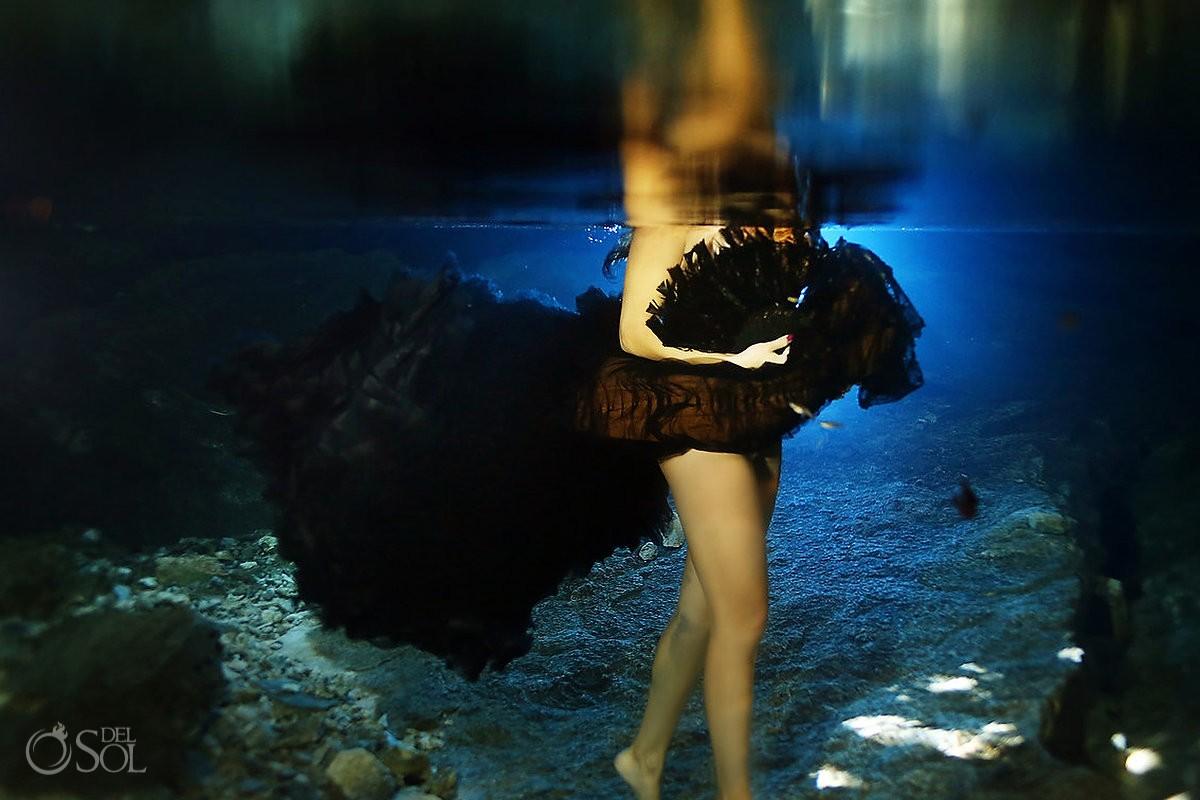 underwater bride with black vera wang dress