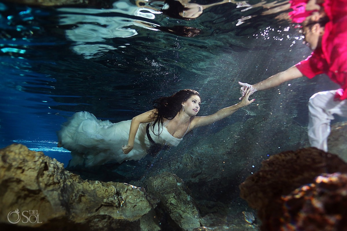 Vera Wang bridal trash the dress underwater