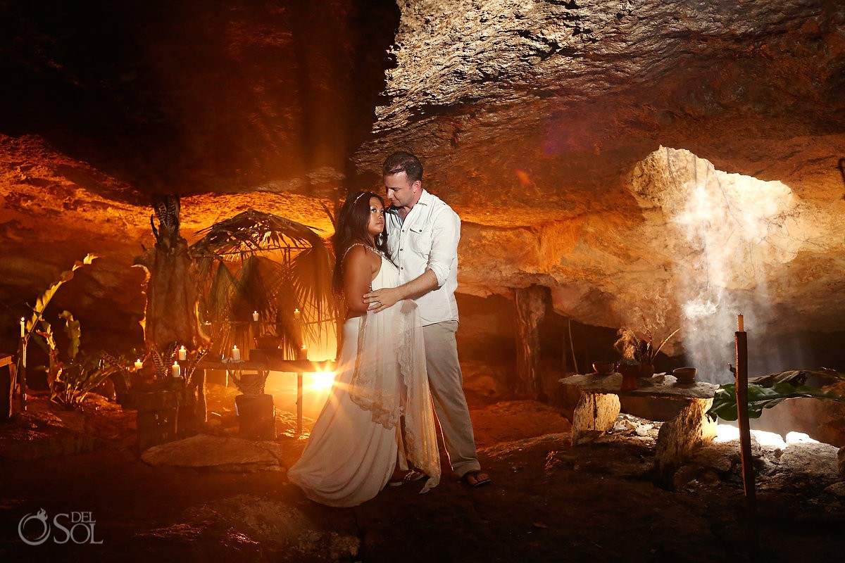 Trash the dress Riviera Maya cenote