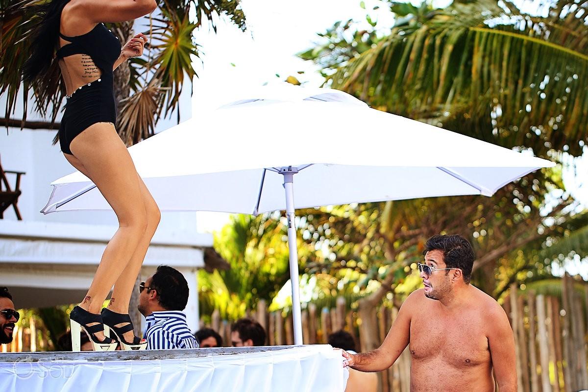 Le Reve Hotel pool party go-go girl