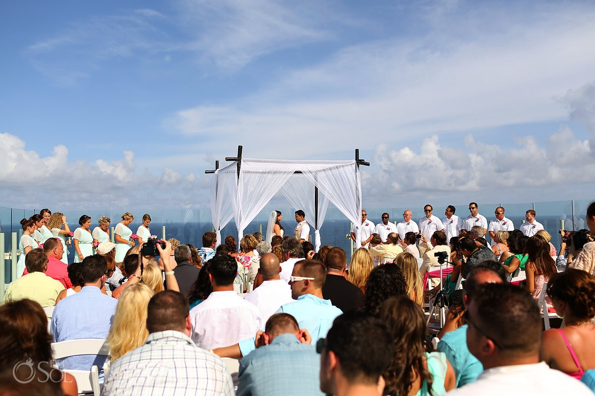 Cancun destination wedding Beach Palace Resort