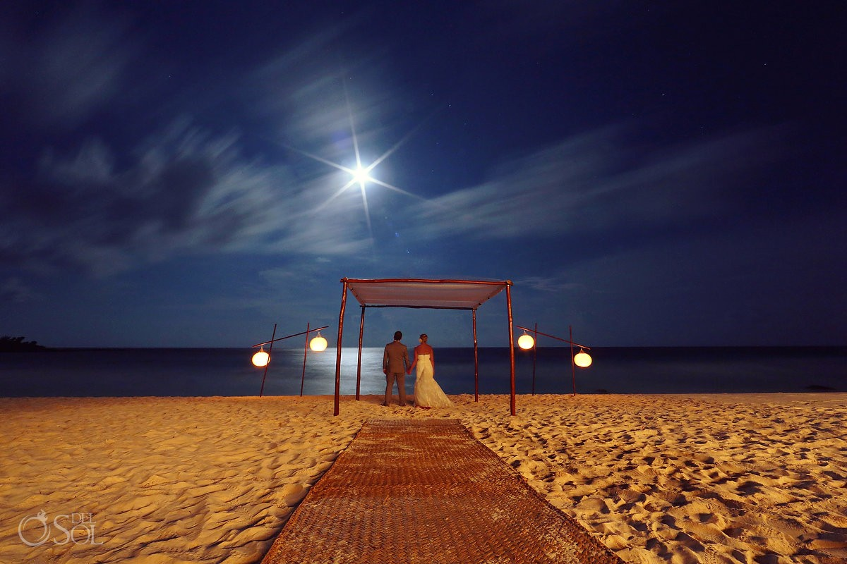 Full moon night wedding portrait tripod long exposure photography Esencia Riviera Maya