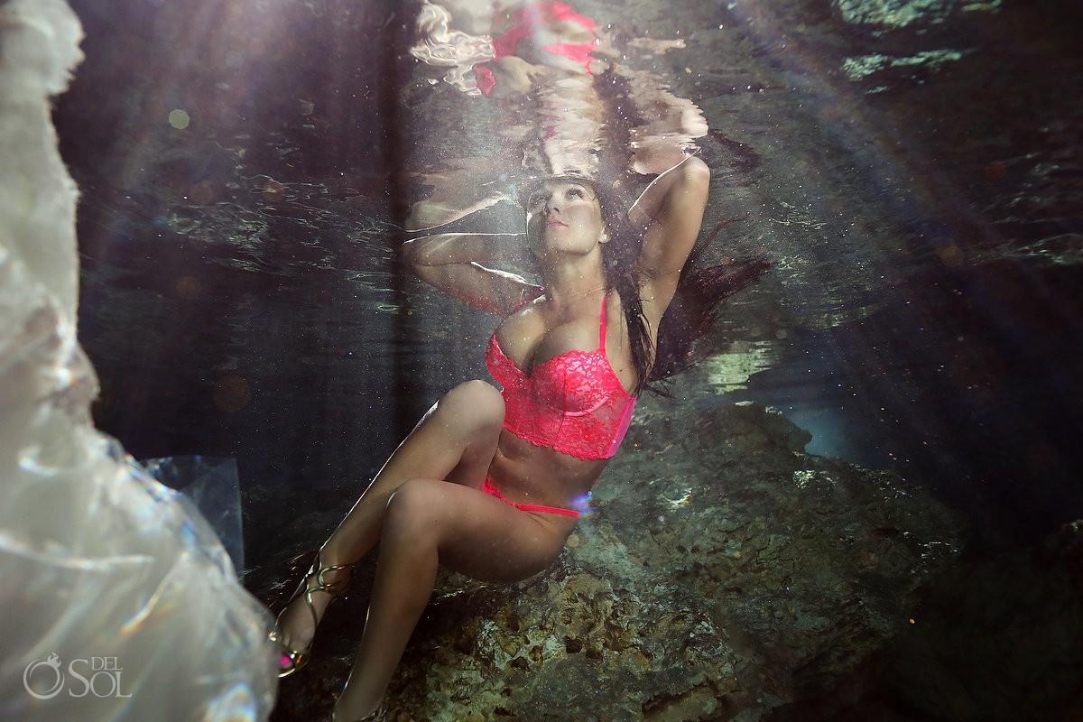 Riviera Maya underwater boudoir photography sexy
