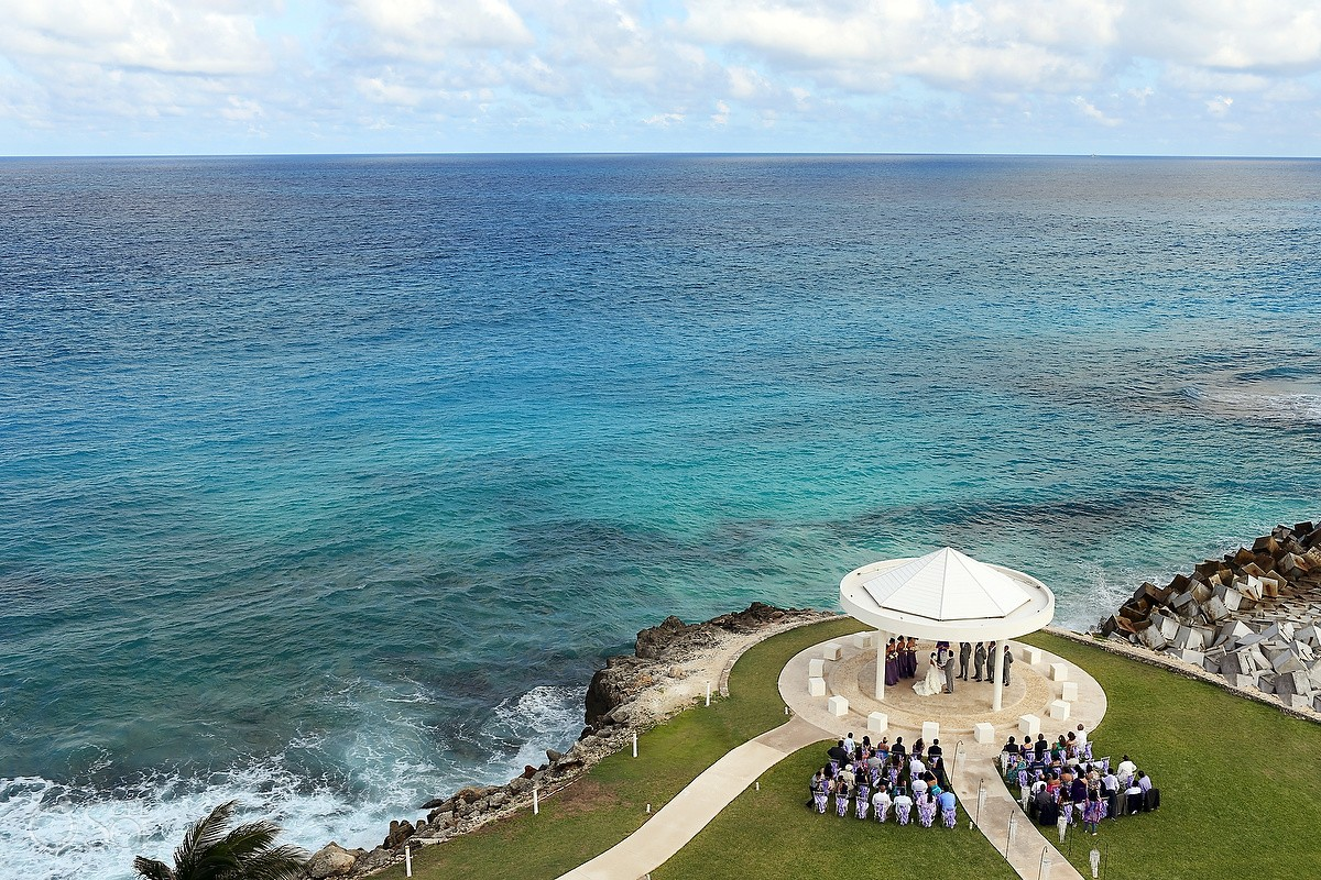 destination wedding venue hyatt ziva cancun mexico #aworldofitsown