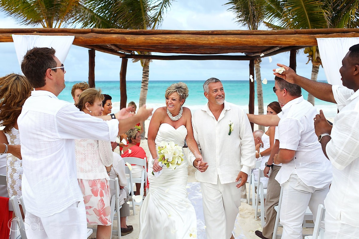 Wedding at secrets maroma rhonda and francisco del sol for Mexico wedding packages