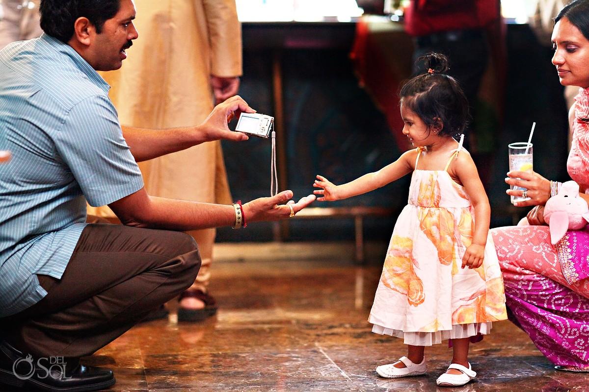 Mehndi Party Dance : Riviera maya hindu wedding mehndi party palka and joe