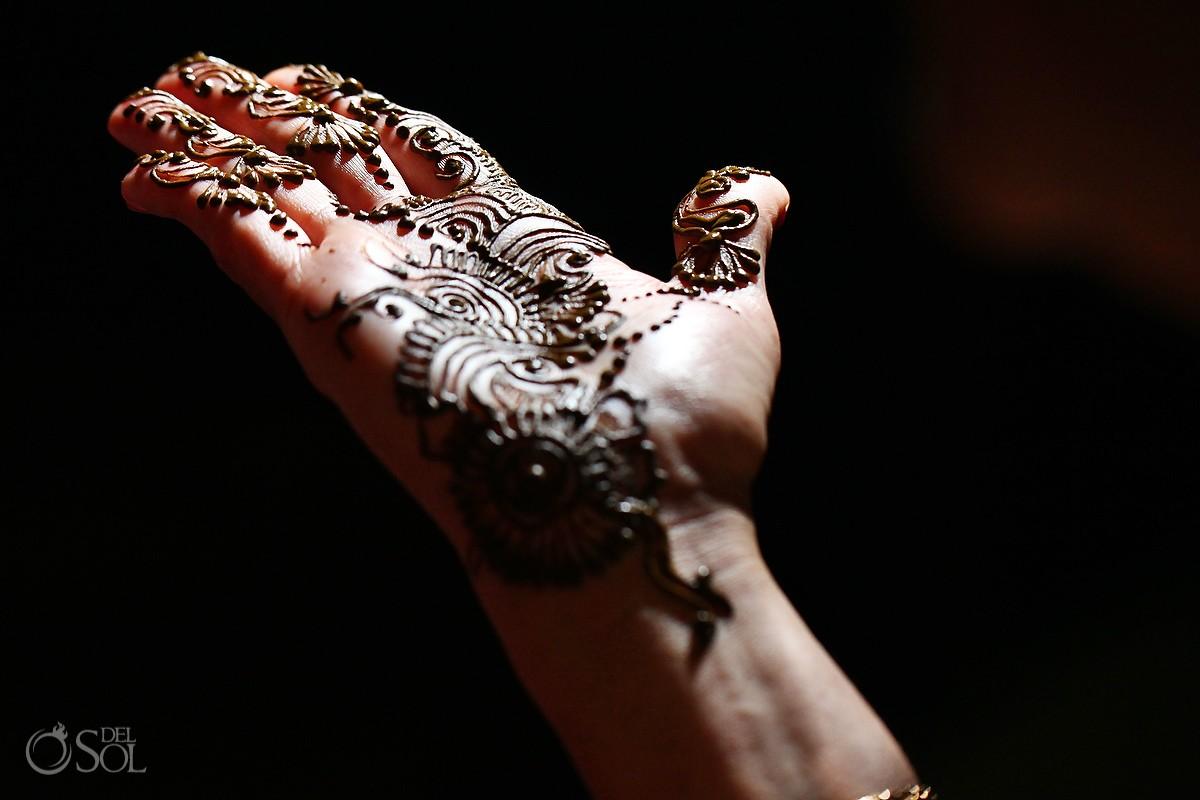 Mehndi Party N Wedding : Riviera maya hindu wedding mehndi party palka and joe