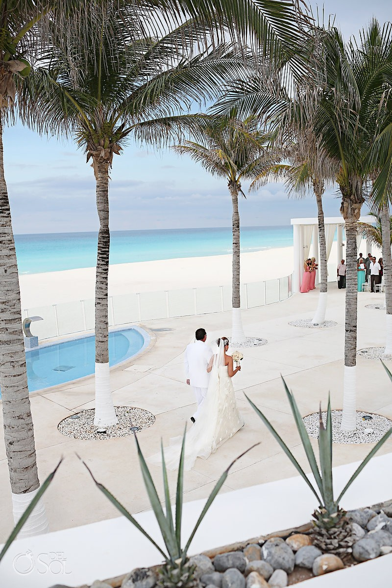 Cancun wedding at Le Blanc Resort Mexico