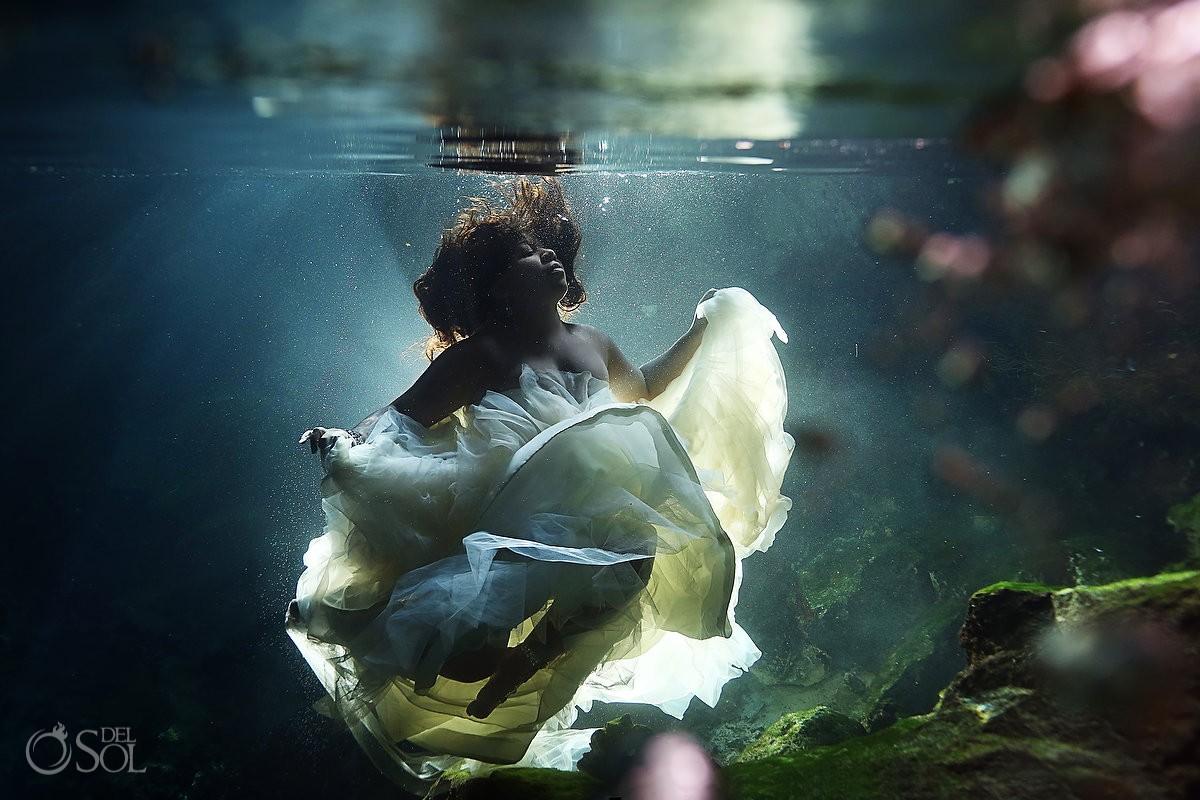 Riviera Maya trash the dress underwater cenote Mexico