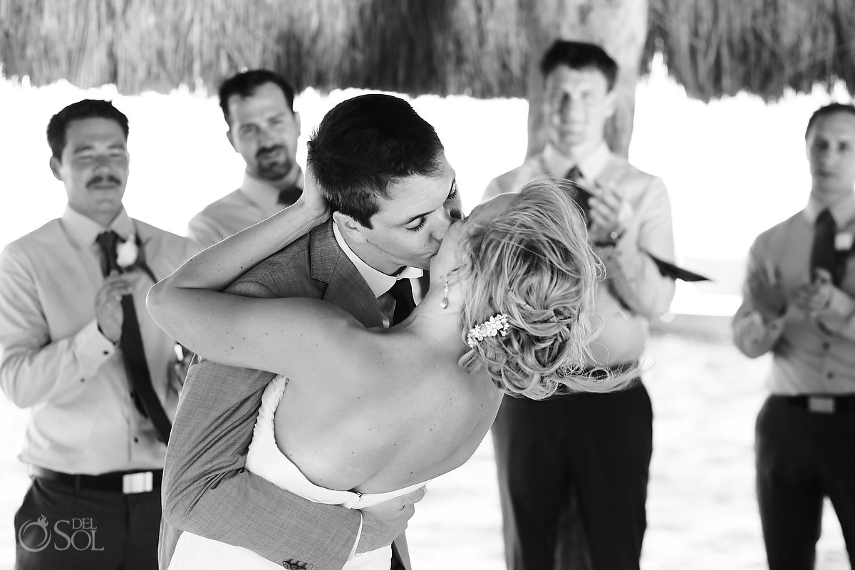 FIRST KISS -Destination Wedding at Zoetry Paraiso de la Bonita