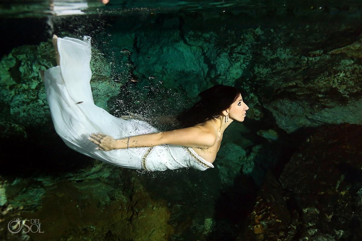 Riviera Maya trash the dress photography Mexico