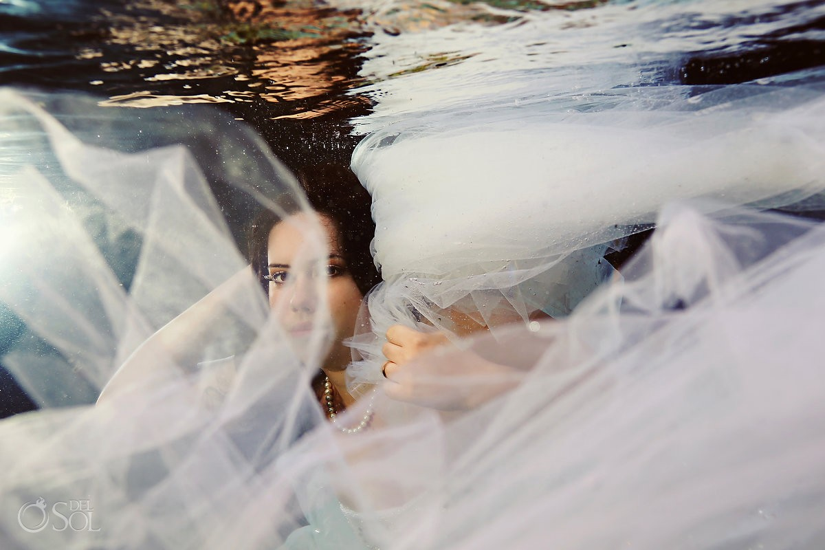 Trash the dress underwater cenote Riviera Maya Del Sol Photography