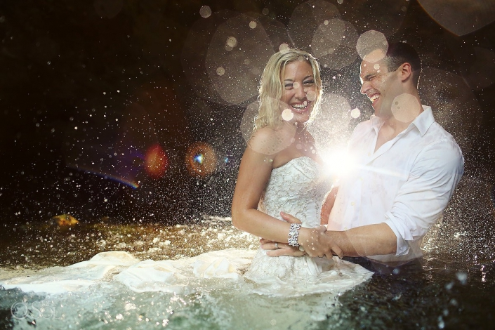 Underwater trash the dress in a cenote in Riviera Maya Del Sol Photography