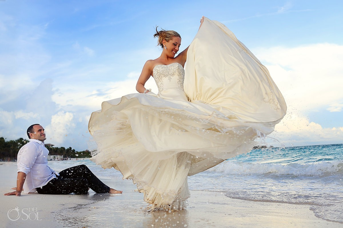 Beach trash the dress Riviera Maya Del Sol Photography