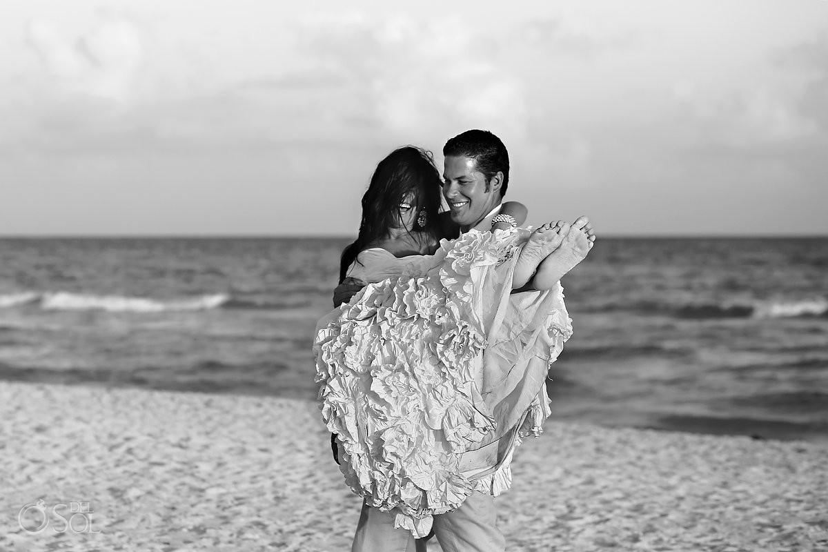 Playa del Carmen trash the dress beach Mexico Del Sol Photography