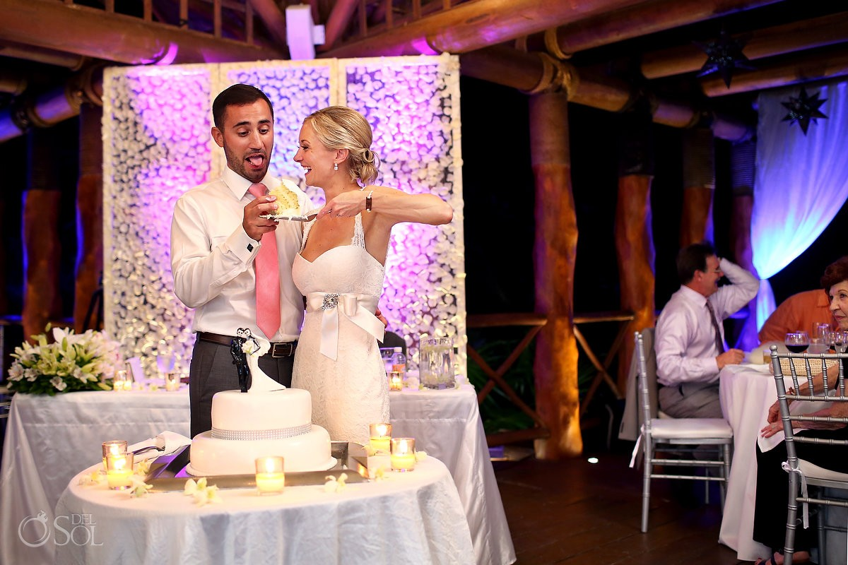 Destination wedding reception Paradisus Gazebo cake cutting