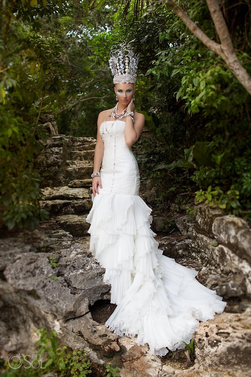 Riviera Maya photography bride jewels Hillberg & Berk Mexico