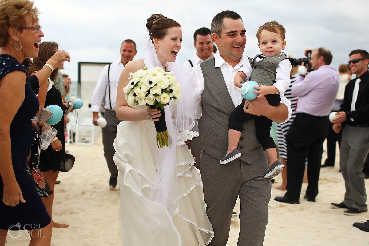 #Familytravel Cancun wedding Moon Palace Resort beach Mexico Del Sol Photography