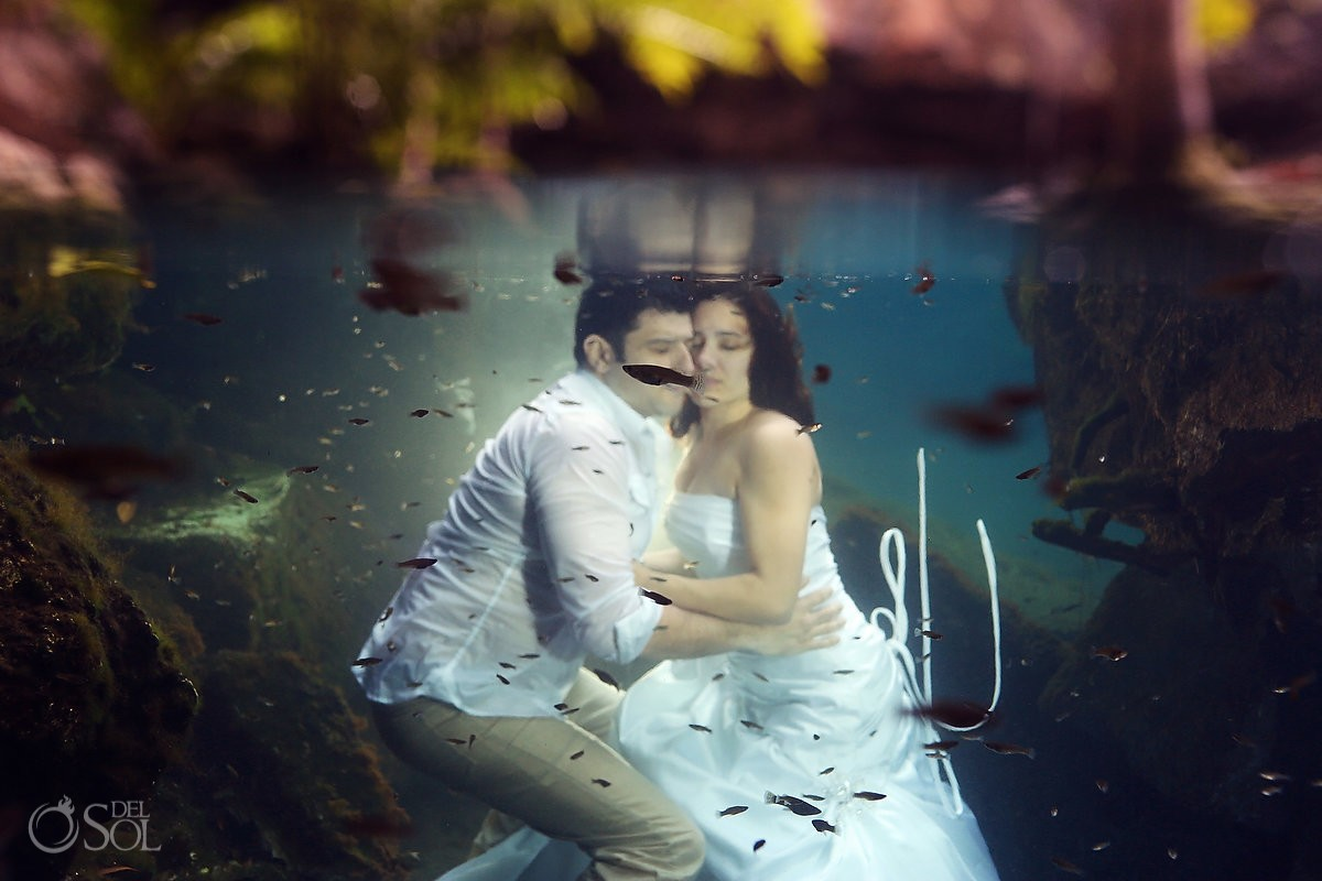 Trash the dress Riviera Maya Mexico underwater Del Sol Photography