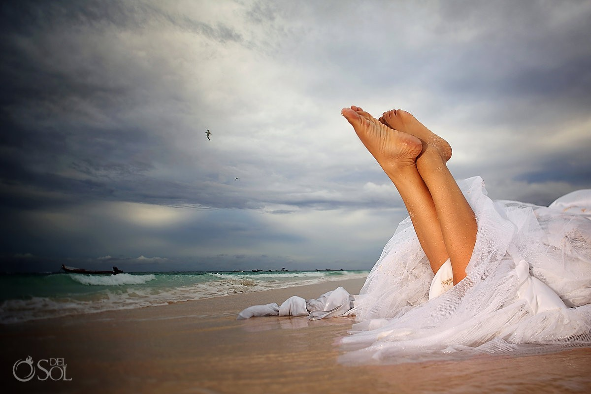 Trash the dress beach Riviera Maya Mexico Del Sol Photography