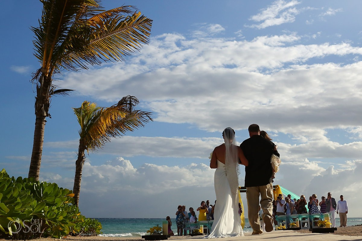 Beach wedding Dreams Tulum
