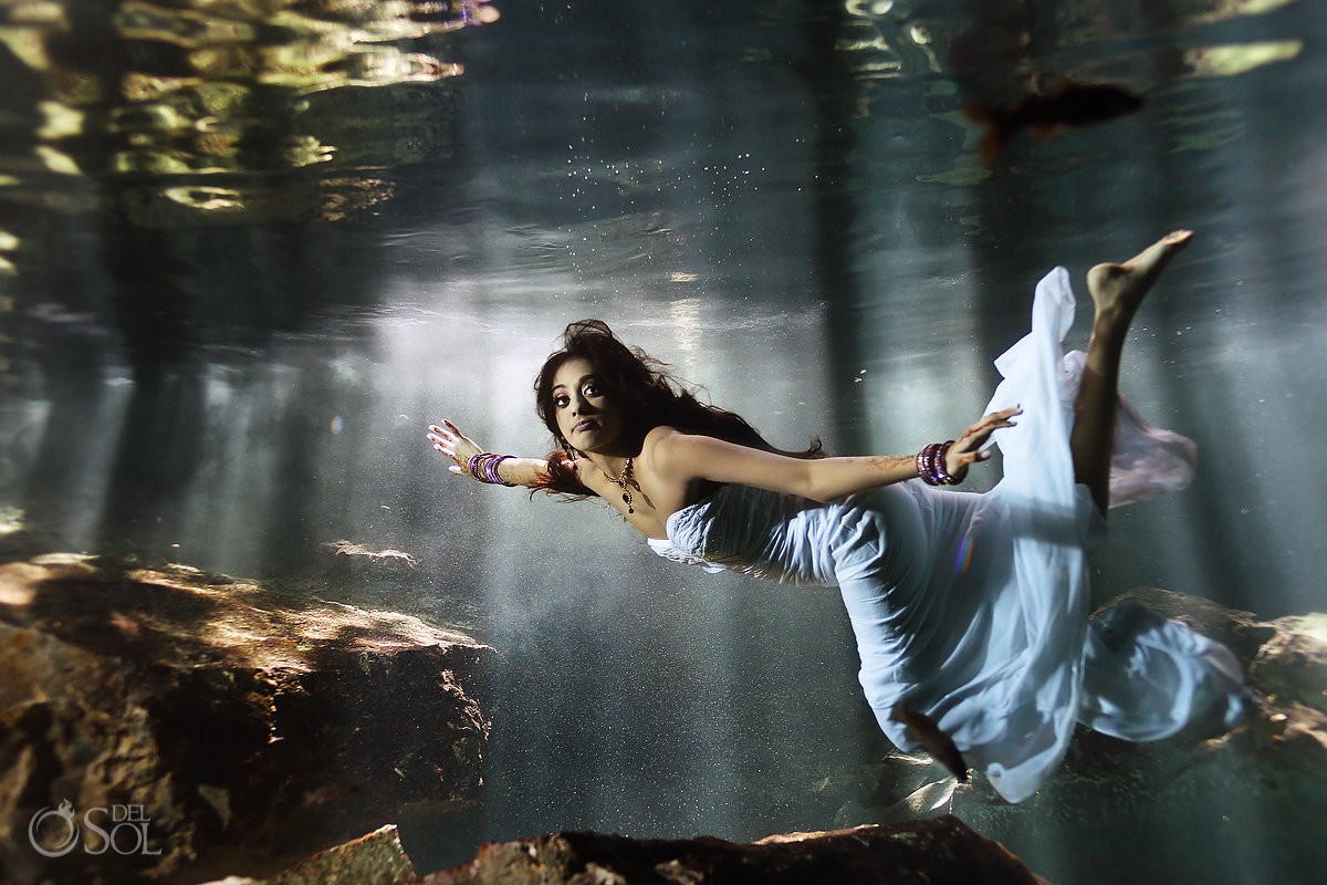 Riviera Maya trash the dress underwater cenote Mexico Del Sol Photography