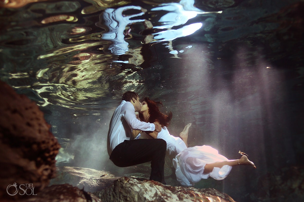 Riviera Maya trash the dress underwater Mexico Del Sol Photography