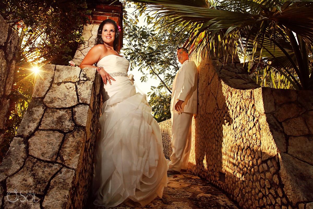wedding photographer bride and groom xcaret park mexico