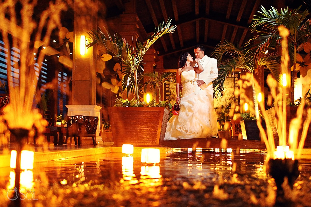 bride and groom wedding photographer dreams riviera cancun